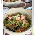 鮭と冬野菜の土手鍋風 塩麹味噌煮