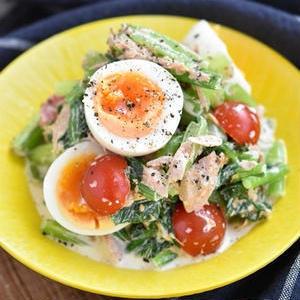 栄養たっぷりで身体もうれしい!「小松菜サラダ」のおすすめレシピ