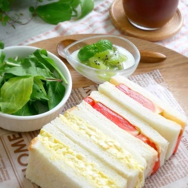 サンドイッチで朝ごはん