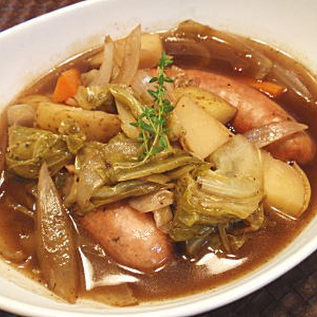 ソーセージと野菜の煮込み料理(レシピ付)
