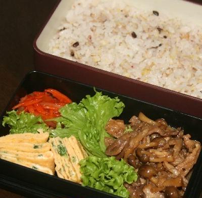 9月22日  豚肉の甘辛炒め弁当(三郷オープン団体)