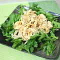 春菊とエノキダケの崩し豆腐サラダ