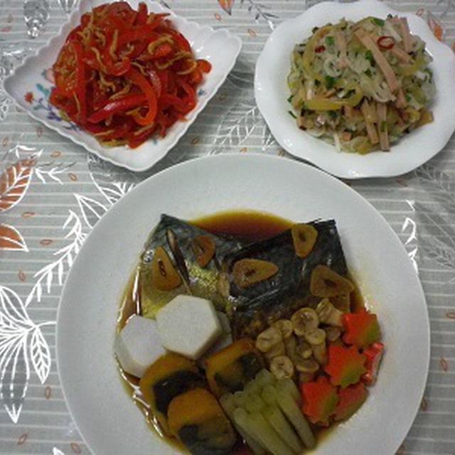 本日の夕食「さばのにんにくしょうゆ煮」「中華くらげと焼き豚の和え物」