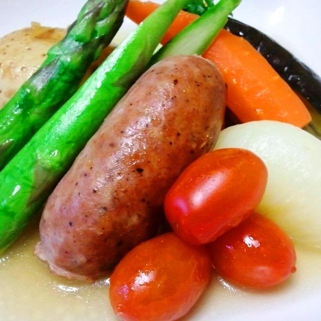 これぞイタリアのおでん!季節の野菜とサルシッチャのポトフ