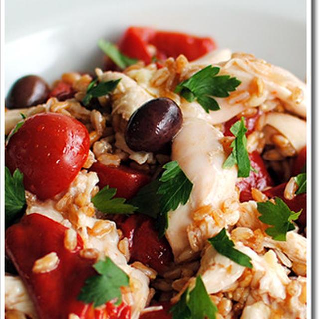 スペルト小麦(古代小麦/ファッロ)と鶏むね肉、グリルした赤ピーマンのサラダ