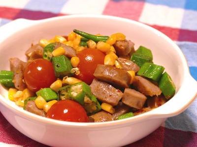 >夏野菜とソーセージのチリ炒め~スパイス大使 by かなぱんさん