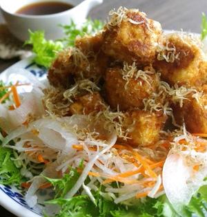 豆腐のおかかカリッカリッ揚げサラダ