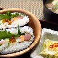 ランチに簡単!酢飯で海鮮おにぎらず
