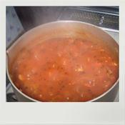 鶏ひき肉で作るトマトソース