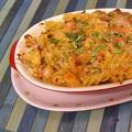 残り野菜とカマンベールチーズで焼きパスタ