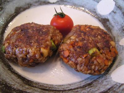 玄米小豆ご飯と野菜の味噌お焼き
