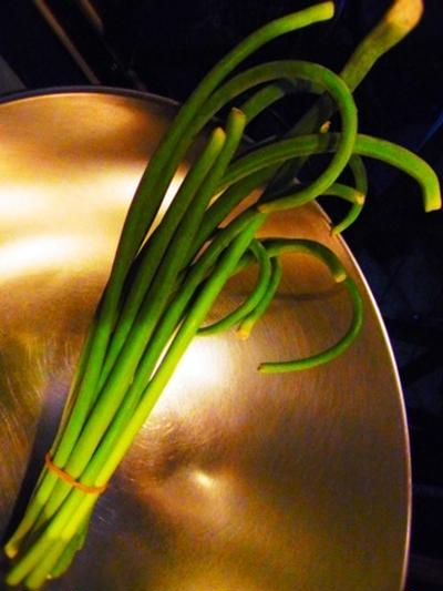 【Bistroで豚バラとにんにくの芽のチャーハンのレシピ♪】