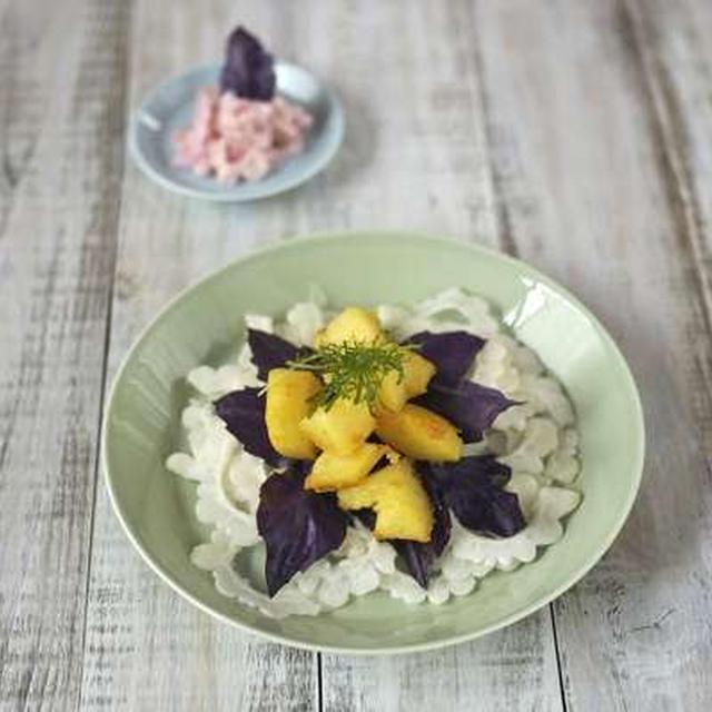 白いゴーヤのサラダ(まかない)
