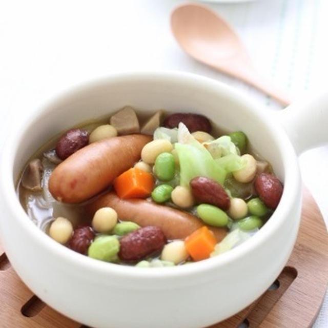 冷凍ビーンズ活用~ウインナーとミックスビーンズのスープ♪&柿の種