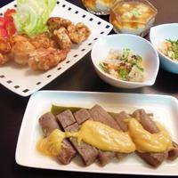 手羽トロのミックススパイス焼きとこんにゃくの味噌田楽・常備菜