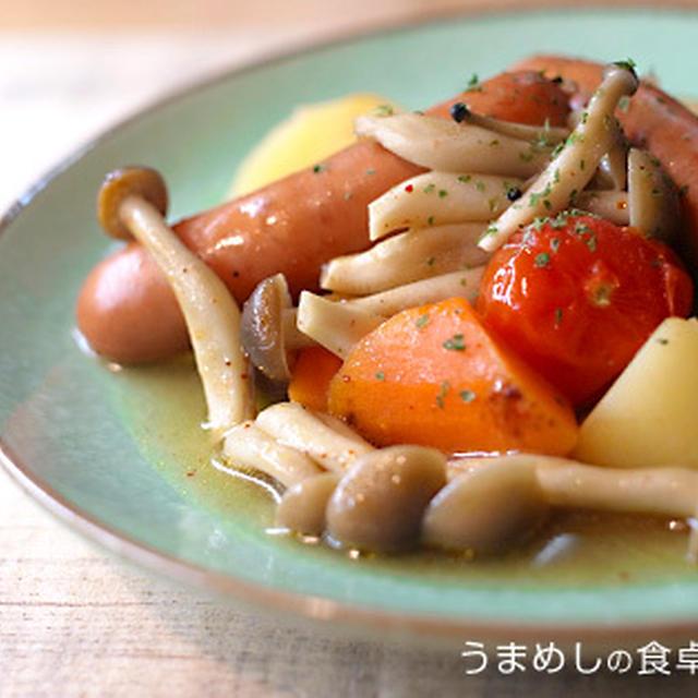 ソーセージと野菜のスープ