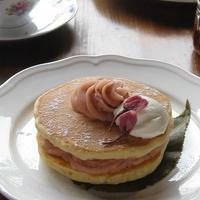 桜香る♪ ふんわりホットケーキ