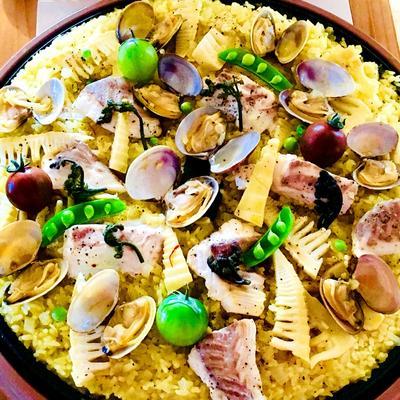 ホットプレートで鯛とアサリと筍のパエリヤ♡
