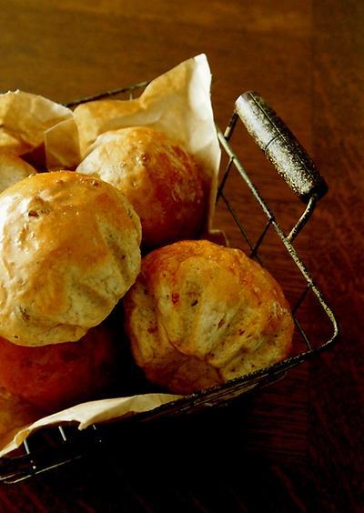 ふかふか胡桃パンと大豆のポタージュ&にゃにゃ♪