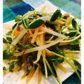 豆苗とモヤシのキムチ中華風ナムル