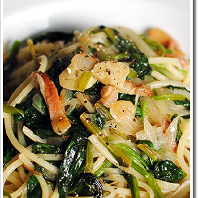 ほうれん草とグアンチャーレのスパゲッティ