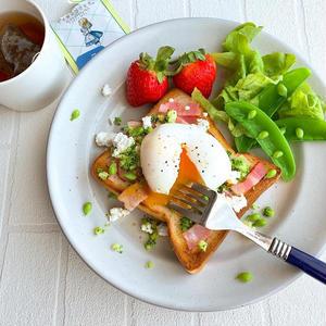 おうち朝ごはんを楽しもう!まんまみーかさんの「春に食べたい彩りトースト」5選
