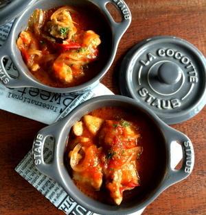 【レンジで一発!!】めっちゃおすすめです。タッパー1つで絶品チキンのトマト煮