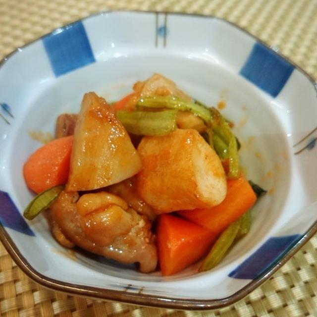 れんこんと鶏もものケチャップ炒め。