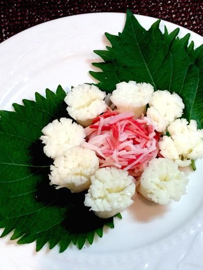 【さけるチーズとカニカマで♪紫陽花サラダ】