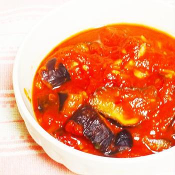 茄子のヘルシートマト煮