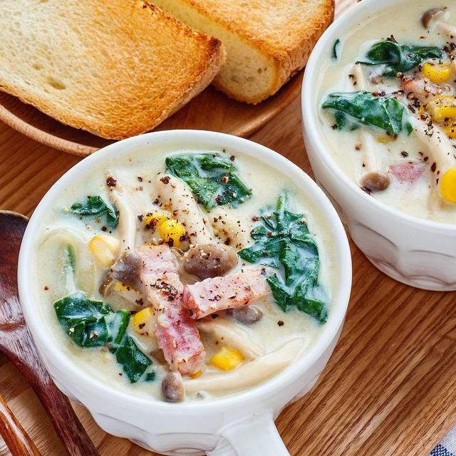 まろやか〜な♡ベーコンとほうれん草の豆乳スープ♪