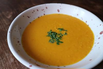 かぼちゃとココナッツミルクのピリ辛クリームスープ