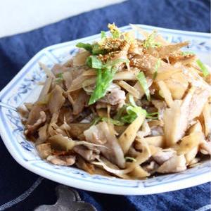ぱぱっと作れてボリューム満点!豚肉×ごぼうの丼レシピ