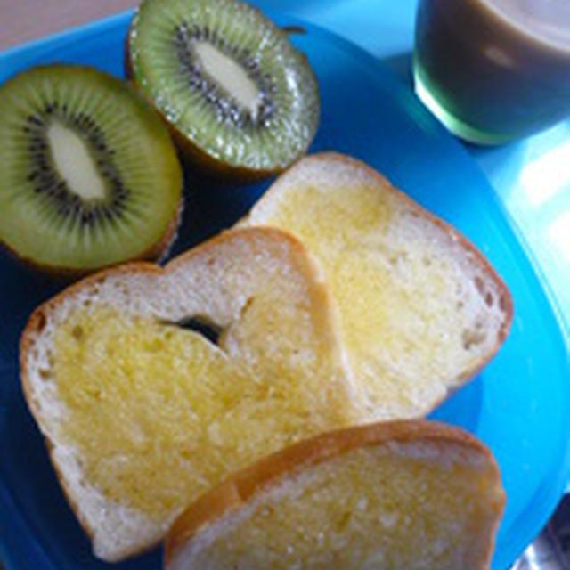 めーぷるミニ食パンでちょい足し朝ごはん♪