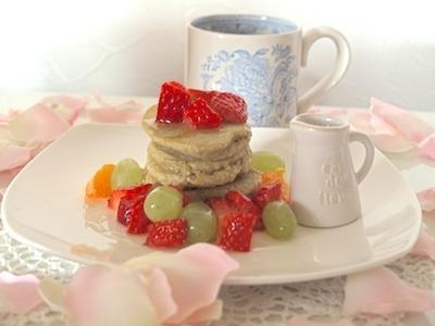 > 材料4つパンケーキの朝食 <br /> by miew-miewさん