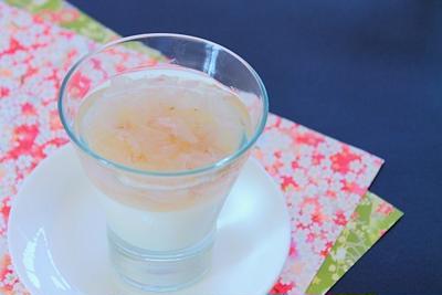 【動画】桜舞い散る甘酒ゼリーの作り方レシピ – 桜の塩漬け春の和スイーツ