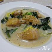 鶏肉と白菜ほうれん草のミルクシチュー