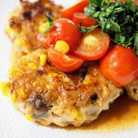 鶏ひき肉とトウモロコシのカラフルバーグ【#簡単レシピ #鶏肉 #キレイレシピ #肌荒れ解消】