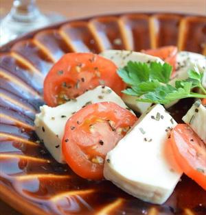 塩豆腐のカプレーゼ風