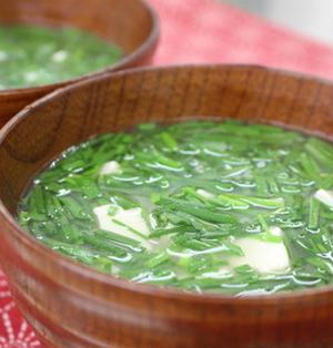 365日汁物レシピNo.73「ニラニラ味噌汁」