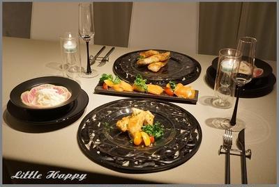 ゆっくり食事を楽しむための食卓