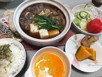 肉豆腐。チラ見のあんこ