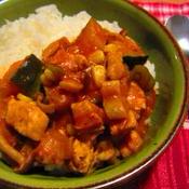 鶏肉とゴロゴロお野菜のトマトチリ煮込み