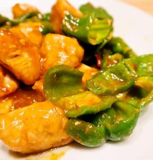 食欲刺激 鶏肉とピーマンのカレー炒め