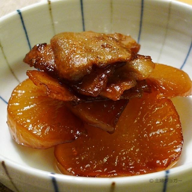 これは美味しい!豚バラと大根の照り煮と炙りみかんブリ。