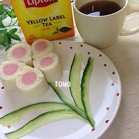 ひらめき朝食♪魚肉ソーセージのロールサンドウィッチ
