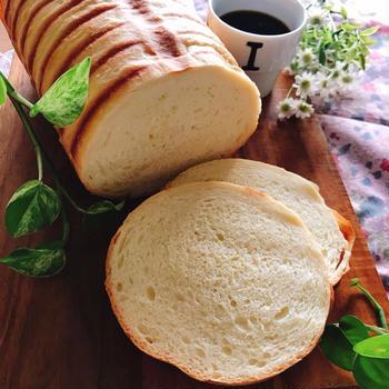 シンプルラウンド型の食パン♪とパン教室。