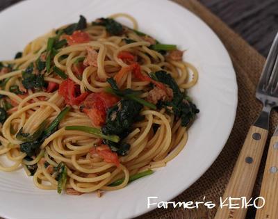 【スパゲティのレシピ】ほうれん草とトマトのツナスパゲティ、鶏肉と小松菜、まいたけのピリ辛スパゲテ