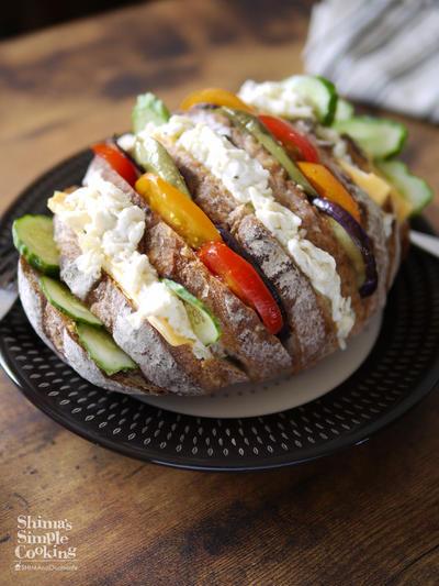 SNS映えサンドイッチ|夏の旬野菜|フォトジェニックなサンドイッチ|ハッセルバックブレッド|アコーディオンサンドに挑戦!