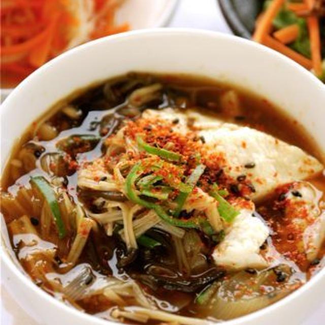 七味でピリピリ☆チゲスープ